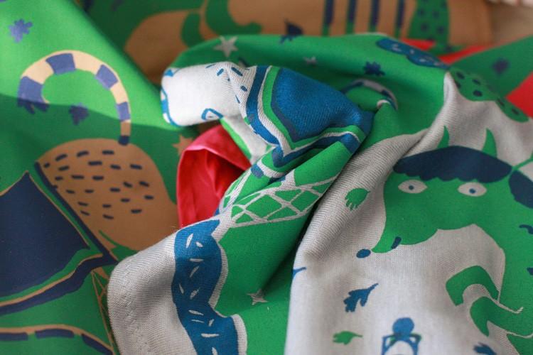 http://www.marienovion.com/files/gimgs/th-12_foulards-3-chiffon-ind.jpg